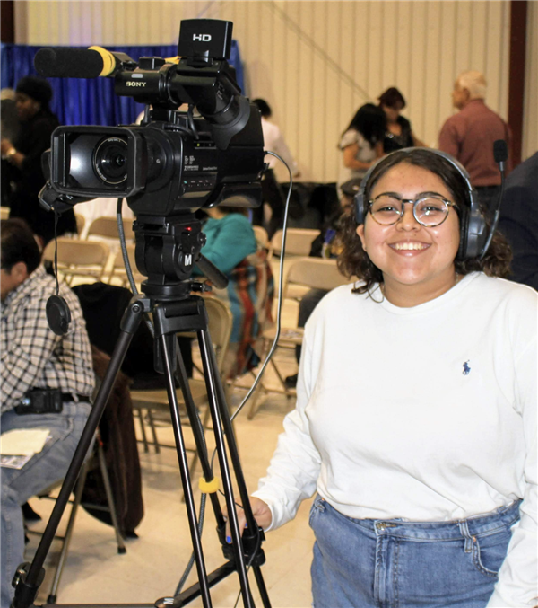 Senior Aracely Aguilar showcases her video project: Staying Busy (How I've taken control of my learning during COVID-19).