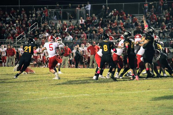 Lylte Pirates vs. Jourdanton Indians